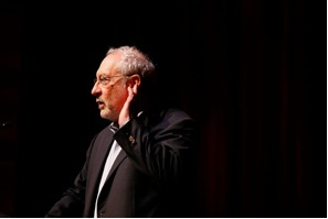 Columbia Economist Joseph Stiglitz, has said all creditors, not just boundholders, should be considered when a country cannot pay bills - Foto Credit Ana Martinez - Reuters